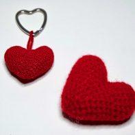 Herz Schlüsselanhänger häkeln, Anleitung