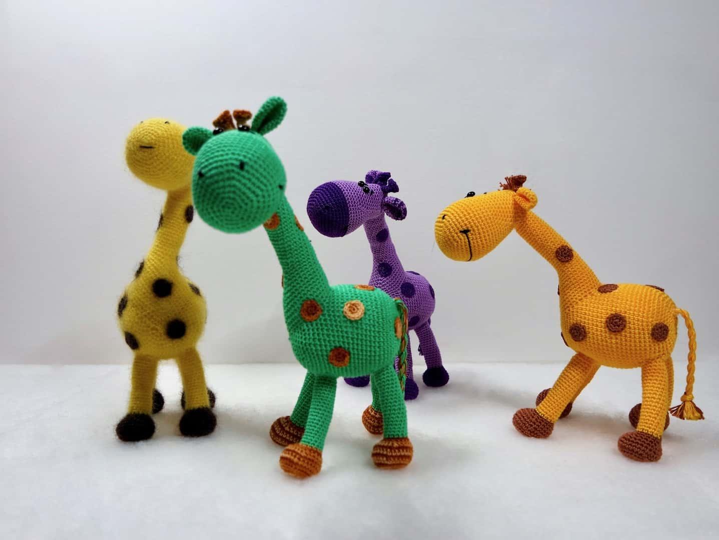 crochet pattern, english or german, giraffe Gerry | 1080x1437