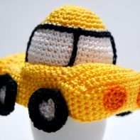 Eierwärmer Auto Häkelanleitung