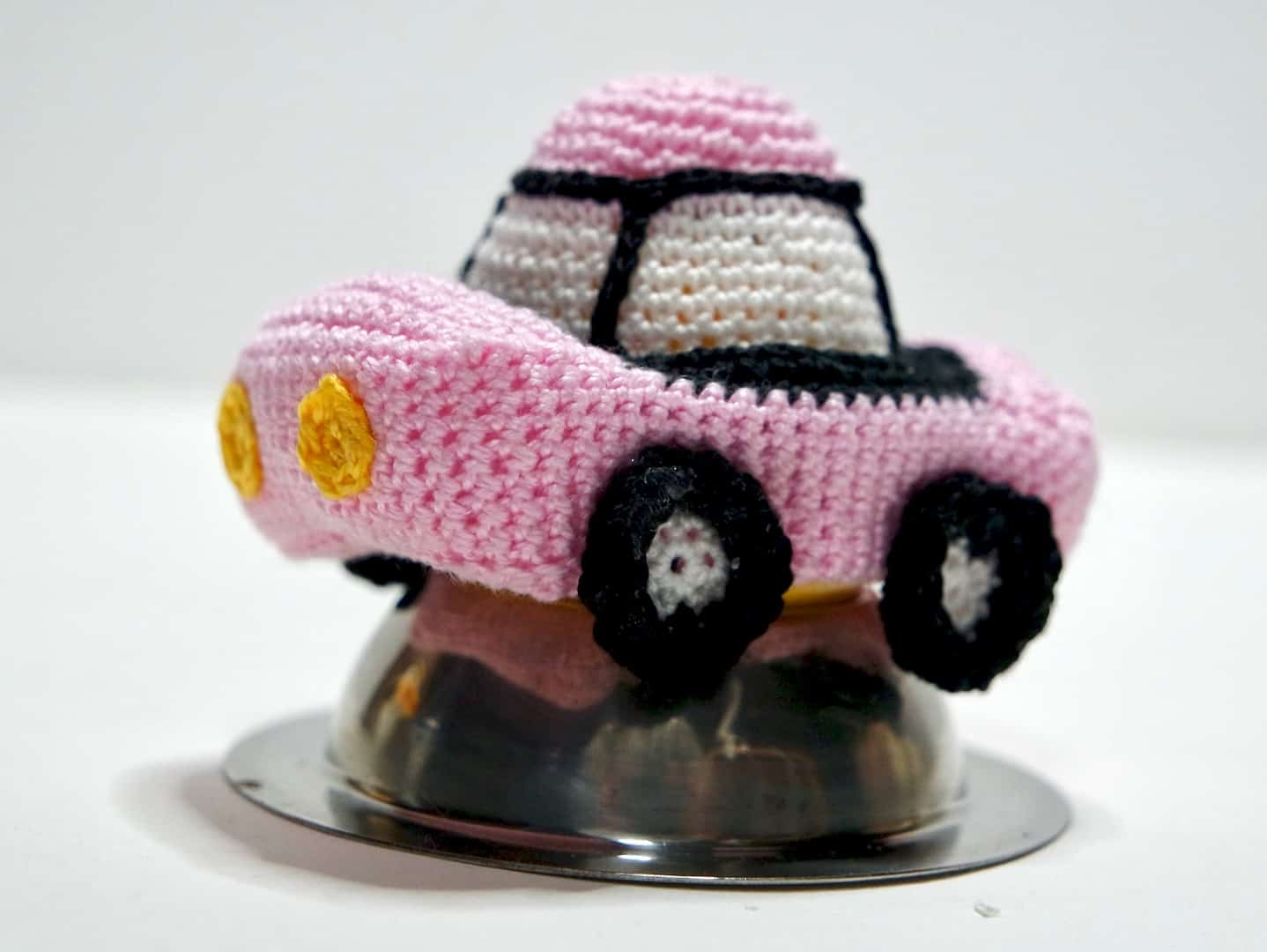 Häkelanleitung Eierwärmer Auto Wolligurumi