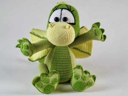 Amigurumi Anleitung Drache Bubu, grün