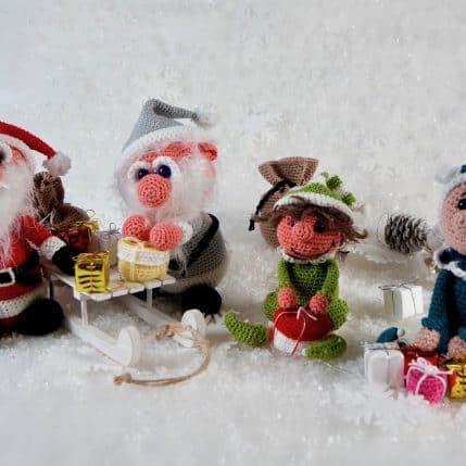 Häkelanleitung Weihnachtsmann und Helferlein