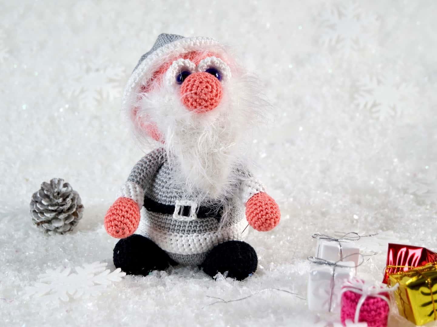 Häkelanleitung Der Weihnachtsmann Wolligurumi