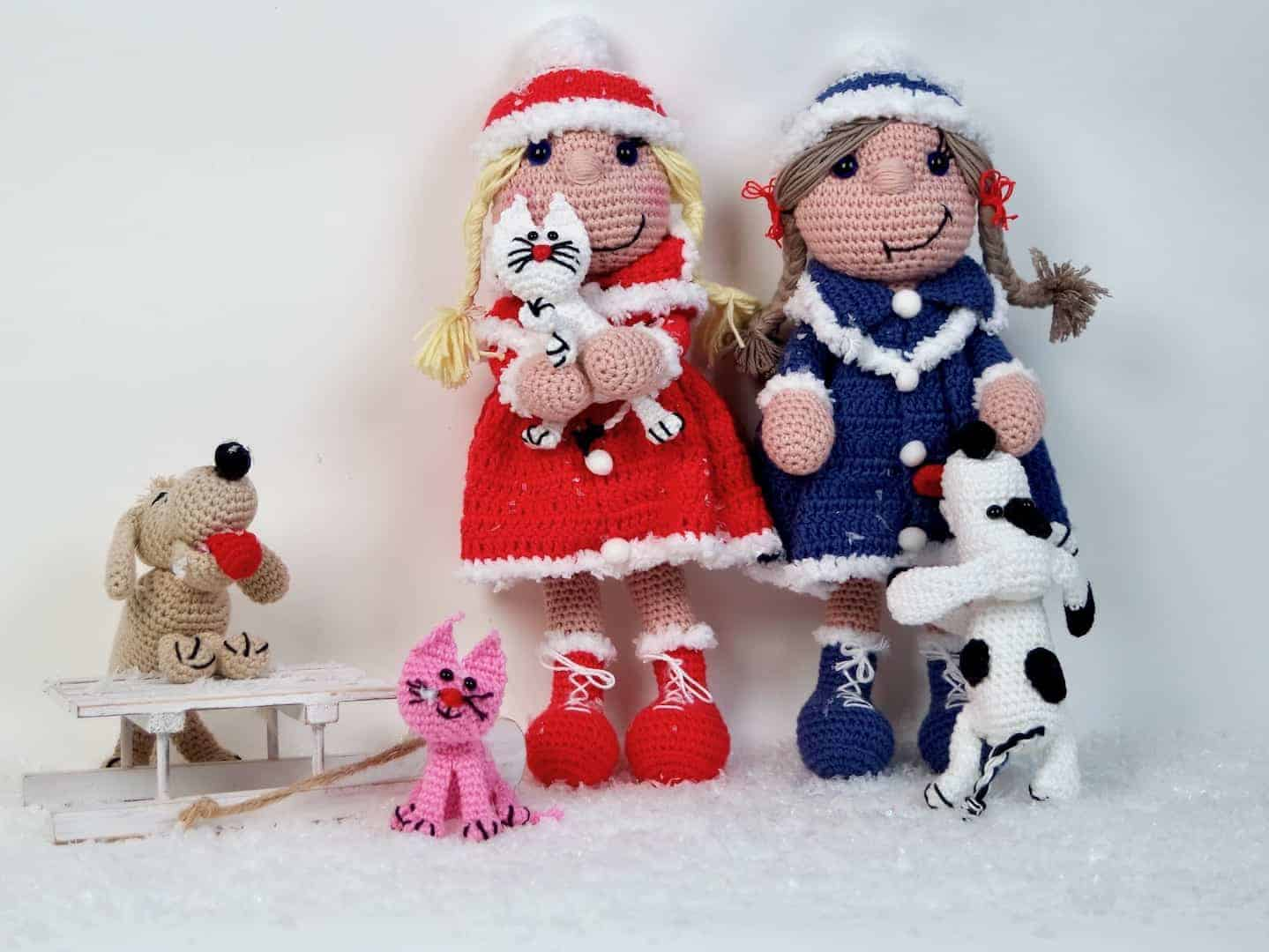 Häkelanleitung Puppe Bine das Wintermädchen mit Hund und Katze ...