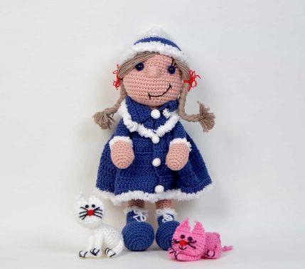 Puppe Bine mit Katze als Geschenk. Häkelanleitung