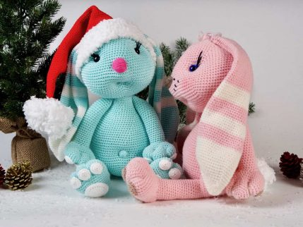Amigurumi Anleitung Hase im Weihnachtsdress