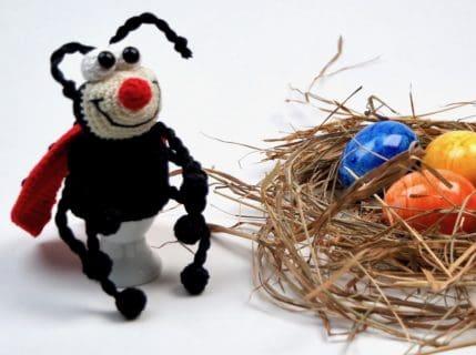 Ostern mit Marie Käfer, Häkelanleitung Eierwärmer