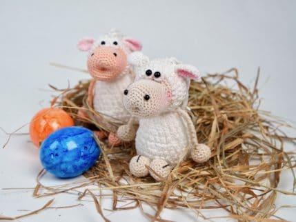 Schaf Schlüsselanhänger zu Ostern häkeln. Anleitung