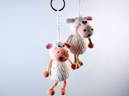 Schlüsselanhänger Schaf häkeln, Anleitung