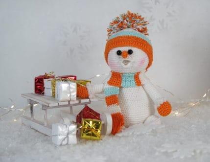 Schneemann zu Weihnachten häkeln, Anleitung