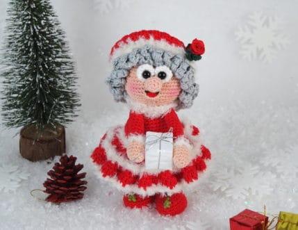 Häkelanleitung: Wilma Weihnachtsmann bringt die Päckchen